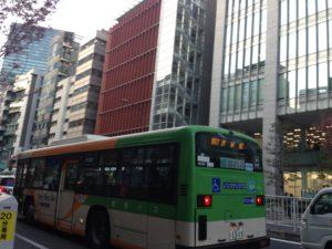 渋谷へ向かう都営バス